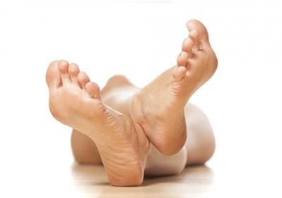 Suvele vastu siidiste jalgadega